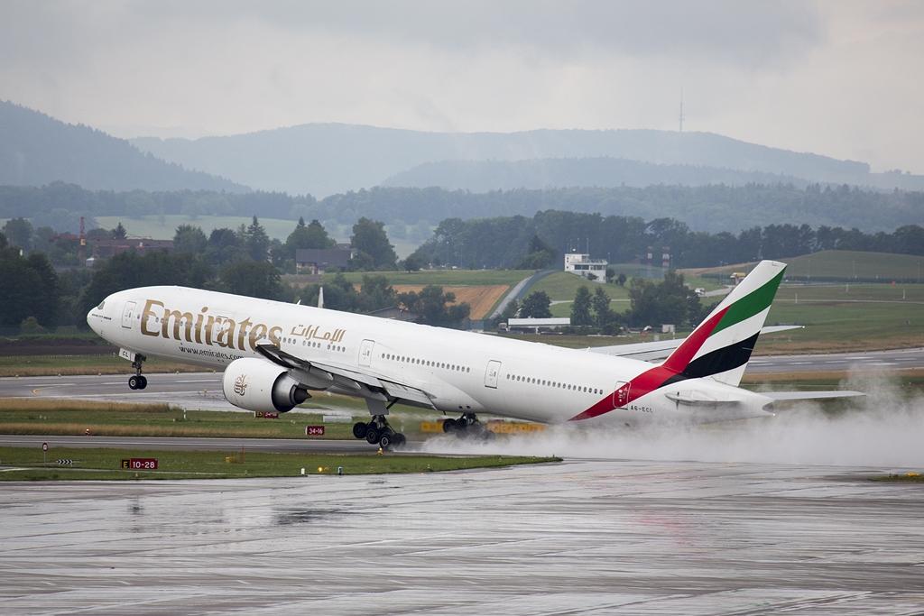 IMAGE: http://www.michaelangstphotography.ch/wp-content/uploads/2013/08/Emirates.jpg
