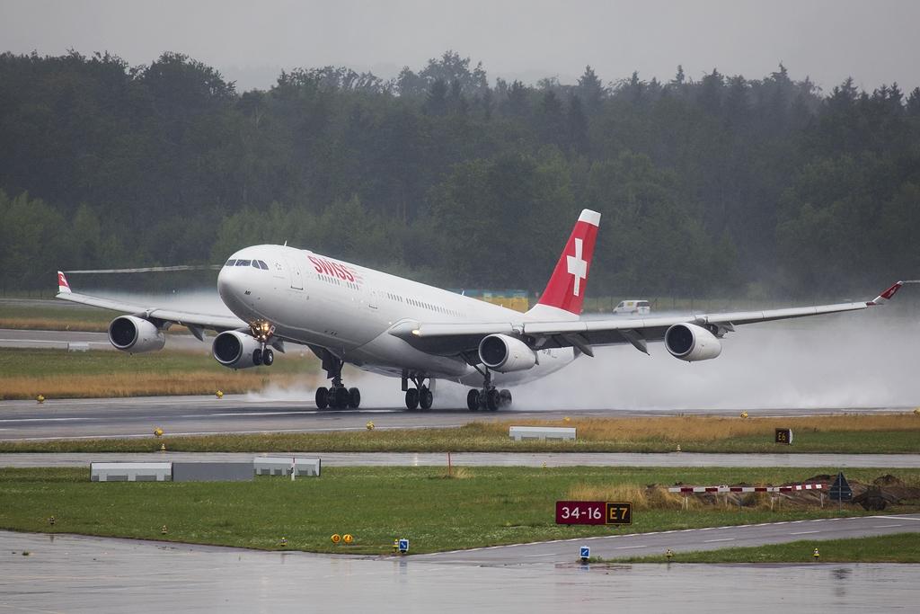 IMAGE: http://www.michaelangstphotography.ch/wp-content/uploads/2013/08/SwissA340.jpg